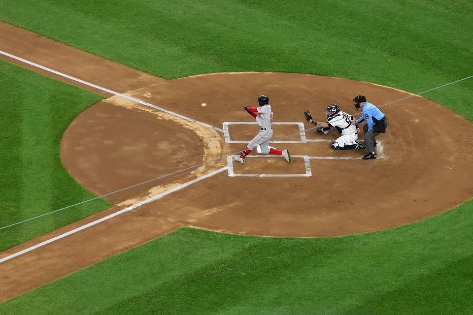ブルペンやスラッガーの意味や由来、意外と知らない野球用語。
