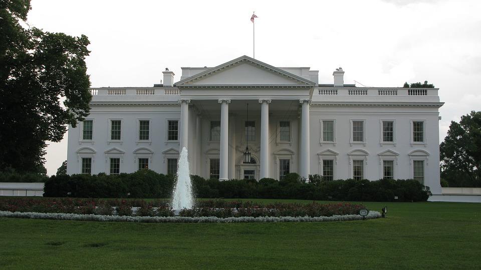 ホワイトハウスの歴史、実は昔はブラックハウスだった!?