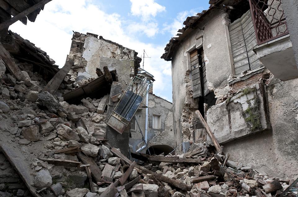 地震災害対策生存率助かる