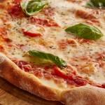 【驚き】宅配ピザの原価は安い!でも頼むと高い!その理由とは?