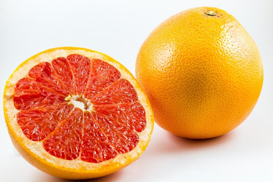 グレープフルーツの名前の由来はぶどう?どこがぶどうなの?