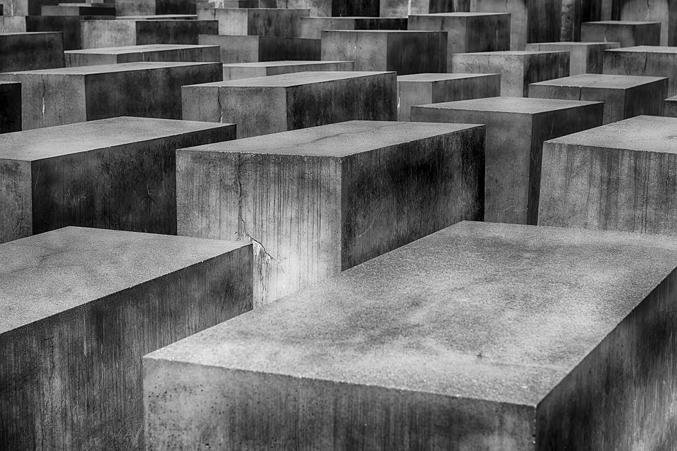 コンクリート、セメント、モルタル、アスファルトの違いって?