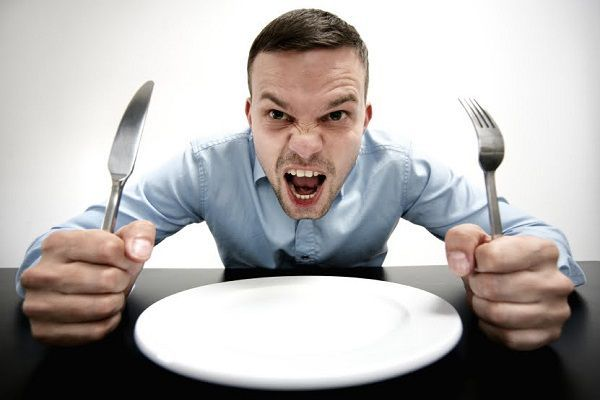 お腹グルグル鳴る原因