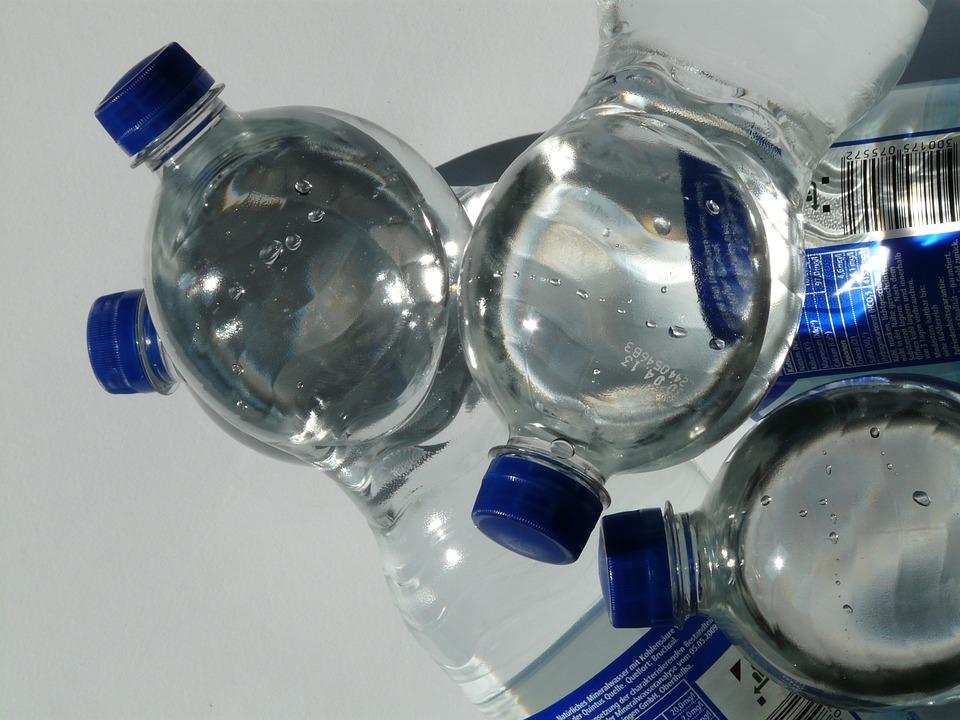 炭酸を長持ちさせる方法、ペットボトルの形状の雑学を紹介!