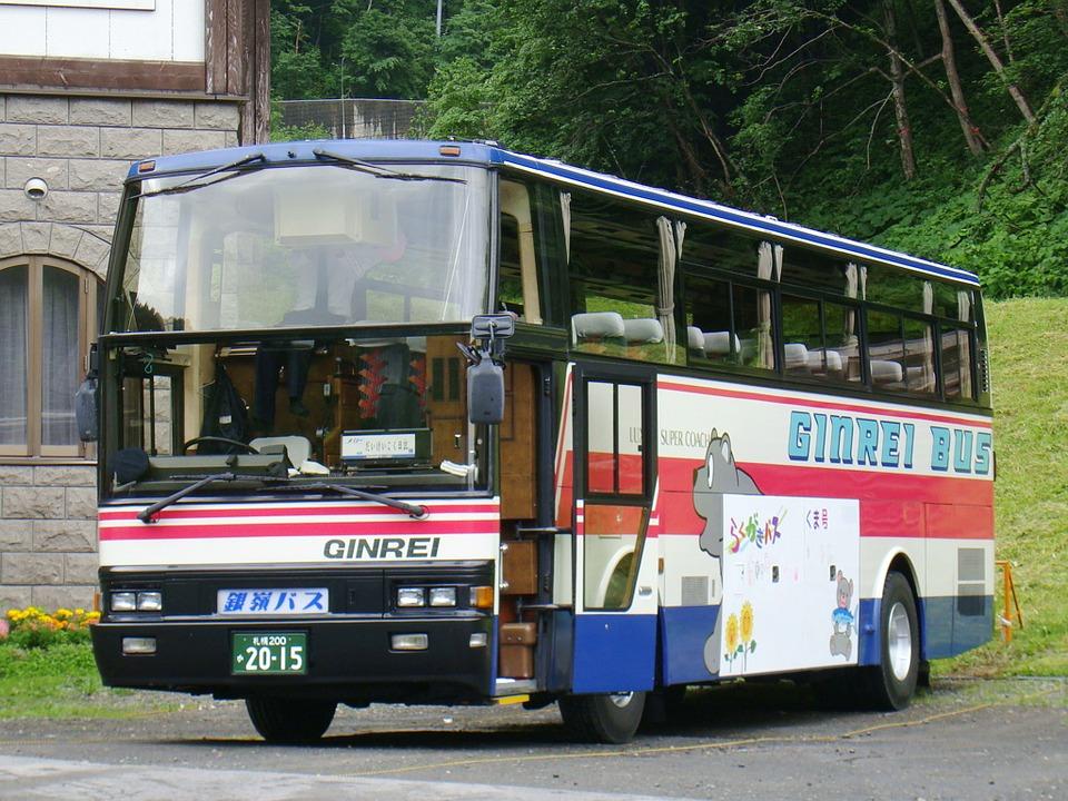 路線バス、大型バス、マイクロバスの定員は?法律違反はあるの?