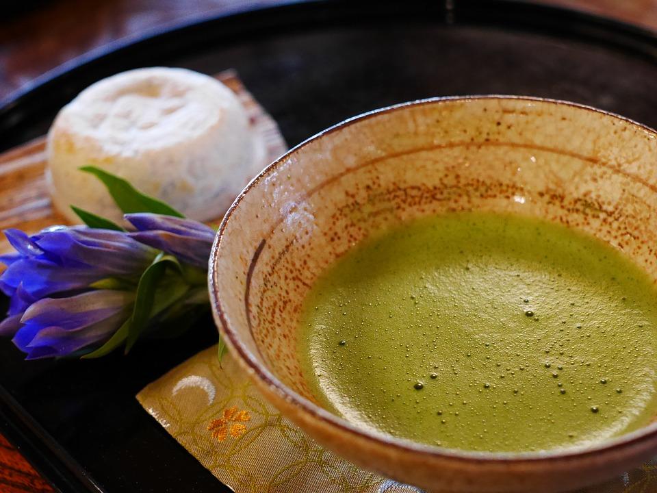 お茶を濁す意味由来や語源使い方