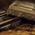 板チョコに溝がある理由と意味、実は割りやすくするためじゃない