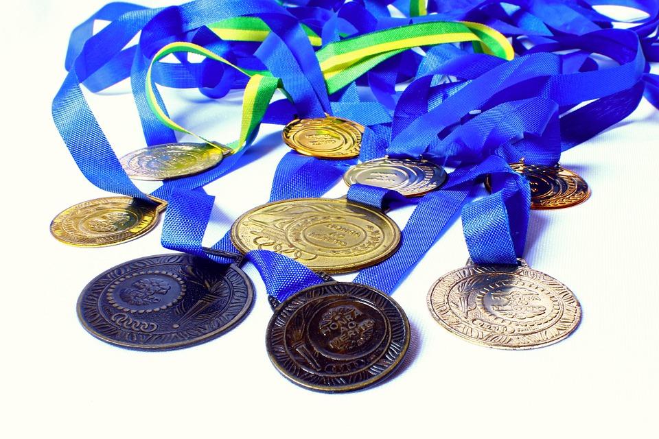 オリンピックメダル素材