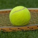 ダウンザラインの意味とは?勘違いされがちなテニス用語を解説。
