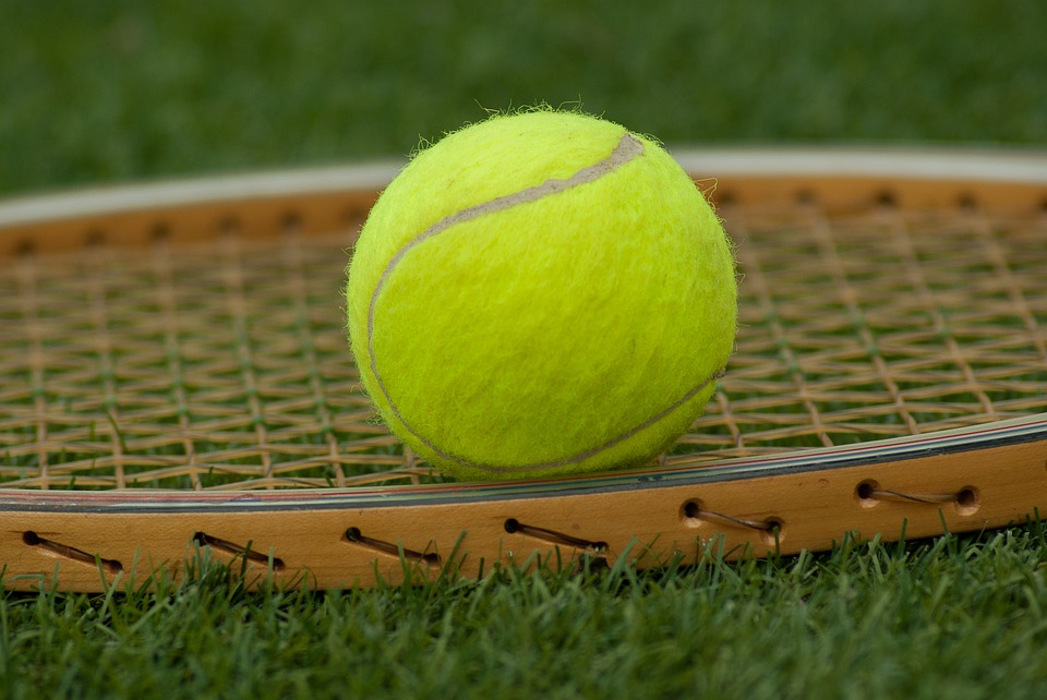 ダウンザライン意味テニス用語
