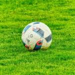 サッカーのコイントスの意味、何を決めるのに行っている?