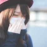 くしゃみを止めるギャグがある、簡単に誰でも実践できる方法。