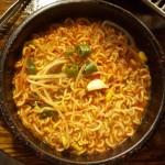 安藤百福は天ぷらをヒントにインスタントラーメンを開発した。