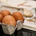 生卵とゆで卵はどちらの賞味期限が長く日持ちするのか。