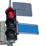 信号の色が赤黄青の理由、それぞれの色に意味がある?
