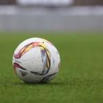 サッカー選手が入場の時に子供と手を繋いでいるのはなぜ?