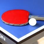 卓球のラケットが赤と黒なのはなぜ?意外な理由が隠されていた。