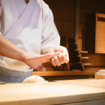 板前の意味や語源を解説!実は寿司職人のことではありません。